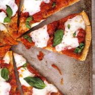 Pizza Margherita (on a gluten-free crust)