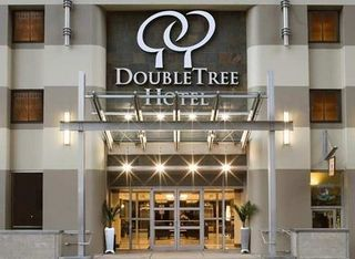 Families Book DoubleTree by Hilton Pittsburgh Downtown for University Graduations