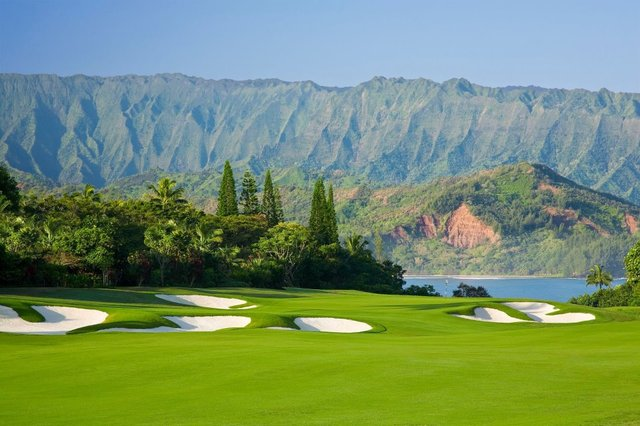 World Class Golfing in Paradise