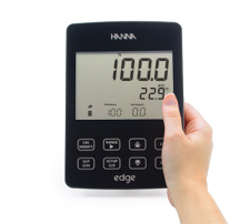 pH Edge Kit, by Hanna Instruments, 115v