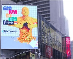 S|N|A Installs Large LED Video Displays in Times Square