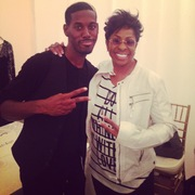 Gladys Knight and New Artist Avehre