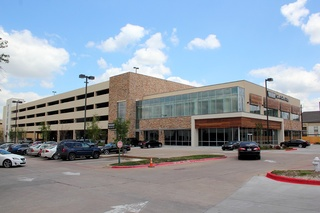 Bob Moore Construction Completes Five-Story Parking Garage in Addison Texas for Lincoln Property Group