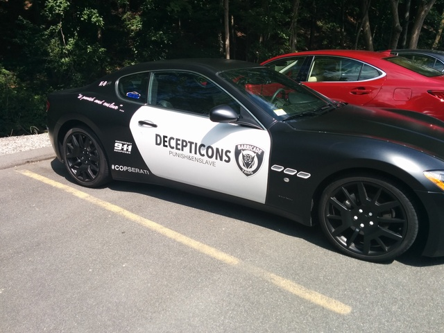 Defendant accused of impersonating a police officer for decorating his vehicle as a character from Transformers.