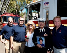 Lt. Paul Geidel and Remembrance Rescue Project Members during 9/11 ceremony in Los Angeles (Photo By John Conkel)