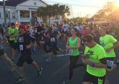 Runners at the Ocala Reindeer Run.