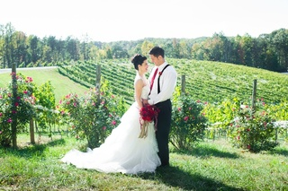 Stafford's Own Potomac Point Winery is awarded by Weddingwire and Washingtonian Bride & Groom