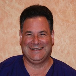 Dr. Michael Goone offers Skokie, IL patients the benefit of micro dentistry techniques.