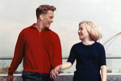 TRAVIS PIKE AND LOVELY CO-STAR PATRICIA EWING (FEELIN' GOOD - 1966)