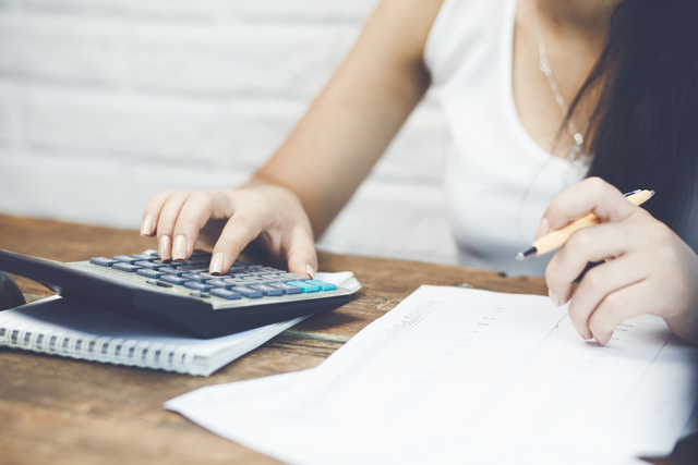 Self-Employed Canadians Find Tax Time Guidance with RateSupermarket.ca