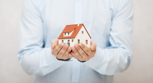 Rates.ca Explains the Differences Between Home Mortgages and HELOCs