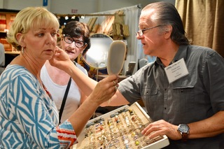 San Mateo Harvest Festival Features a Plethora of Handmade Holiday Crafts