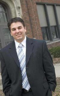 Ryan Vartoogian Receives Michigan State University Distinguished Young Alumni Award