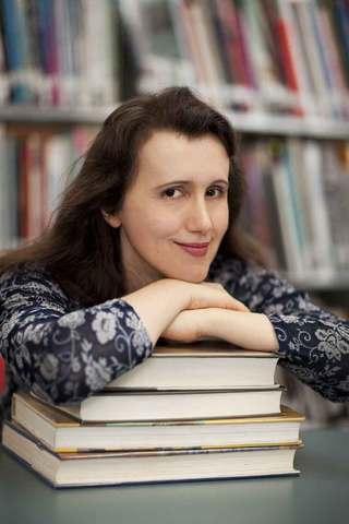 Author Elizabeth Hanley