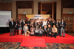 A group photo of the winners of the WAN-IFRA Asian Digital Media Awards 2012, including Al Bayan's infographics director Luis Chumpitaz and marketing manager Ibrahim Al Rais.