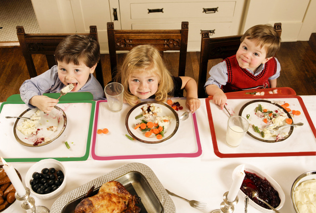 Moms will be merrier this holiday season with the Kiddy Platter placemat and craftmat adorning their tables (from Smarty Parents Inc.).