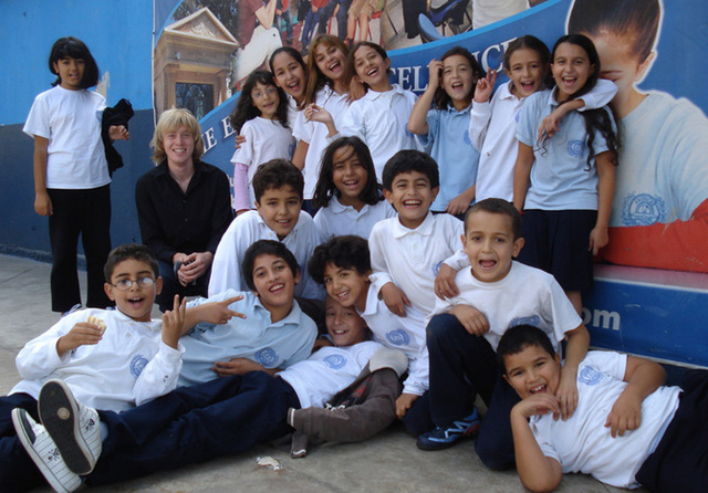 """""""Welcome to Morocco!"""" Young English learners in Casablanca welcome filmmaker Daniel Emmerson"""