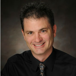 Green Bay cosmetic dentist, Dr. David Brusky provides cosmetic and family dentistry procedures including dental implants.