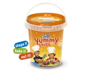 Yummy Dough – The Sweet-to-Eat Fun Dough – Is the Taste of Toy Fair