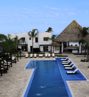Two Belize Resorts Team up with White Sands Dive Shop to Bring the Underwater Paradise of Belize to Scuba Divers