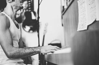 Musician Noah Pine Entertains At Sandy Springs Artsapalooza