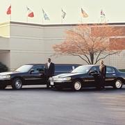 Ann Arbor & Detroit limo service and Detroit metro car service from Golden Limousine International.