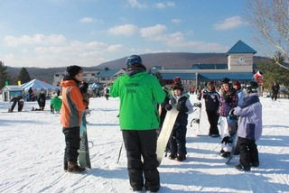 PA State Senate & House Back the Learn to Ski and Snowboard Program in Pennsylvania.
