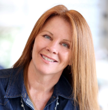 Elizabeth Lamont