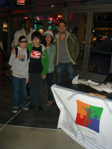 TheAUTSPOT and the kids at the first Los Angeles Clippers game (Dec. 5th, 2009)