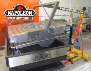 Napoleon® Gourmet Grills Attempts the World's Largest Hamburger Record