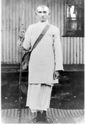 Gandhi dressed as a satyagrahi (non-violent activist) in 1913
