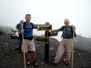 85-Year-Old Man Attempts to Become Oldest to Summit Kilimanjaro
