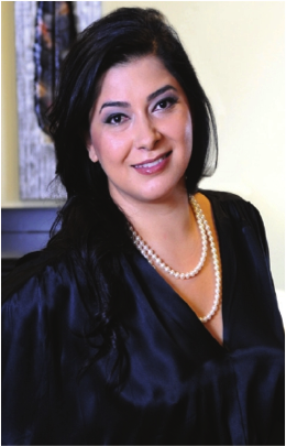 Dr. Delara K. Tavakoli treats patients to natural hormone therapy for menopause.