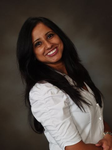 Dr. Rachna Ranjan provides patients with an informational website for improved oral health education.
