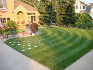 Lawn Striping with Stars and Stripes This 4th of July