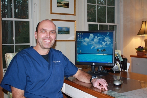 Dr. Richard Morris completes additional cosmetic dentistry training to provide advanced dental care.