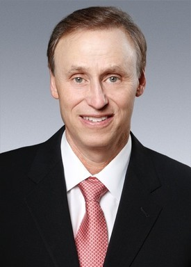 Dr. Kenneth Legunn helps patients regain strong and healthy smiles with treatment for failing implants.