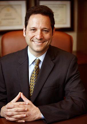 Santa Monica Periodontics & Implant Surgery welcomes Dr. Ricardo Raschkovsky