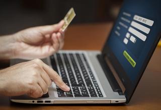 EMB helps E-Commerce Merchant Account Productivity