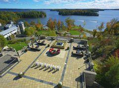 JW Marriott The Rosseau Muskoka Resort & Spa is a year-round luxury retreat on Lake Rosseau in Muskoka, Ontario, Canada.