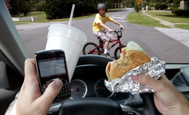A UK based study shows that distracted driving is more problematic than cellphone use, with even hands-free kits causing collisions.