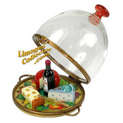 A hand-painted Cheese and Wine fine French Limoges box makes the perfect gift for a wine enthusiast.  Buy at LimogesCollector.com