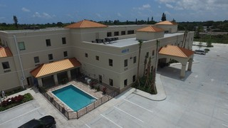 Retreat Premier Addiction Treatment Centers in Network With Blue Cross & Blue Shield of Florida