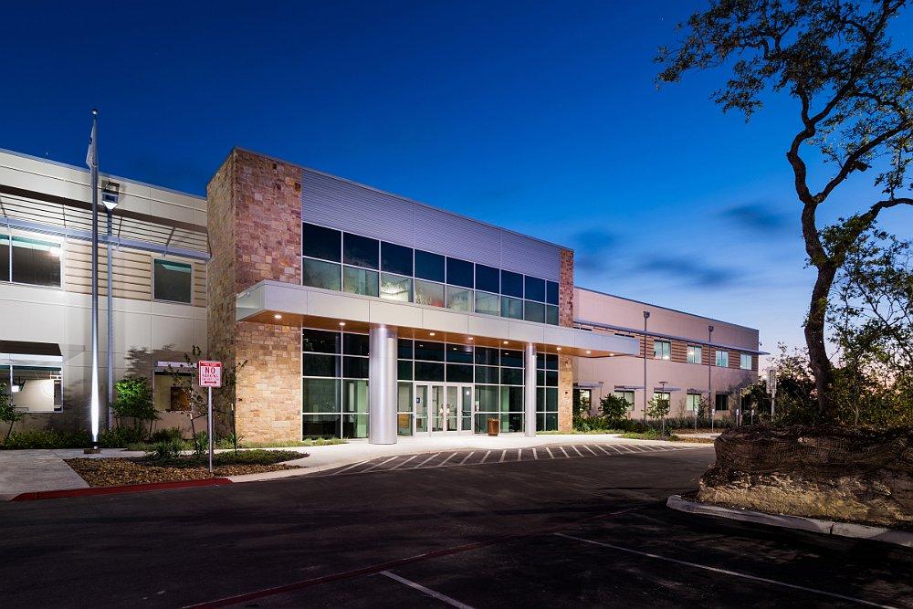 Bob Moore Construction Completes Gm Financial Call Center In San Antonio Texas