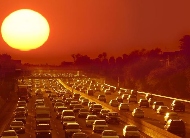 Los Angeles car accident lawyers warn drivers of summer dangers