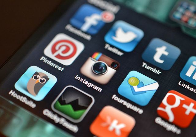 A New York car accident lawyer warns injured victims to avoid social media after an accident